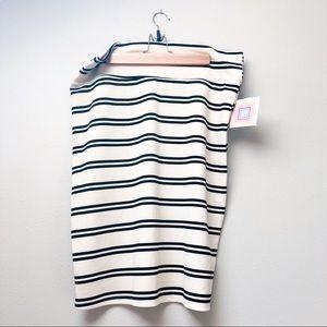 Plus // LuLaRoe Cassie Skirt